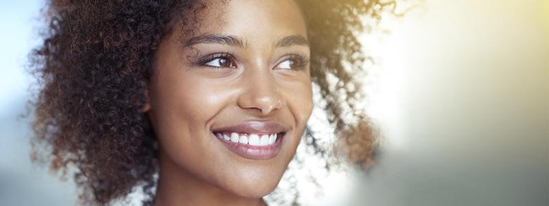 Remplacer une dent absente ou abîmée